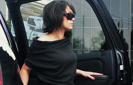 Mona. Распродажа женской одежды