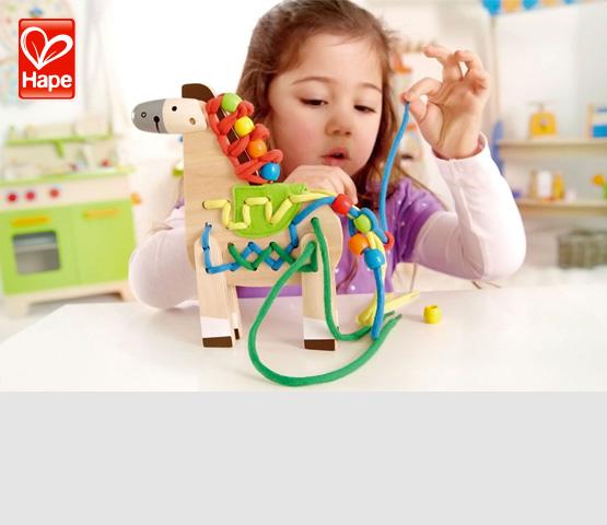 Hape. Развивающие деревянные игрушки